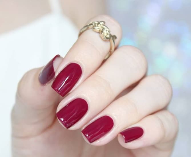 Faux ongles ou semi-permanent