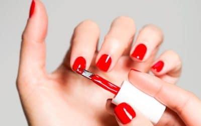 4 astuces pour prolonger la durée de vie du vernis à ongles