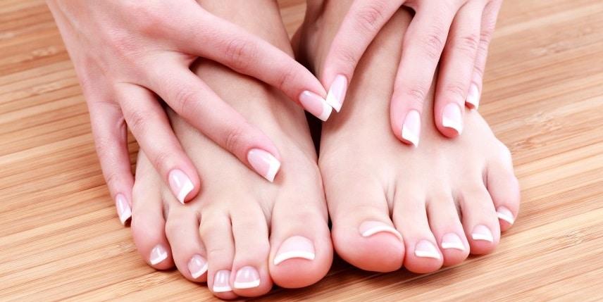 Comment réparer vos ongles endommagés par l'utilisation abusive du semi-permanent, du gel ou de l'acrylique